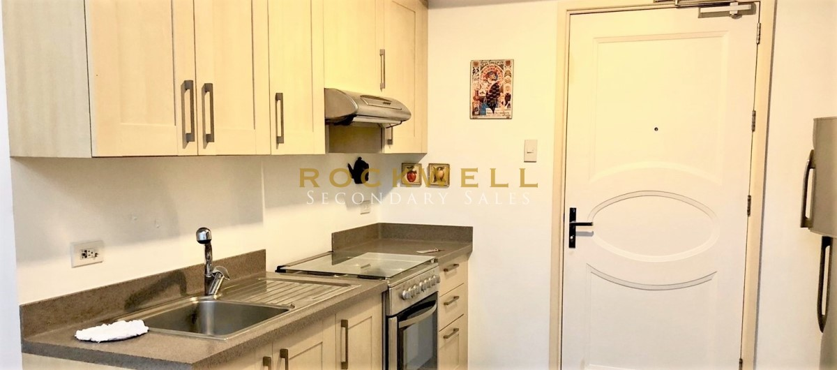 One Rockwell East 1BR Z-Loft 70SQM