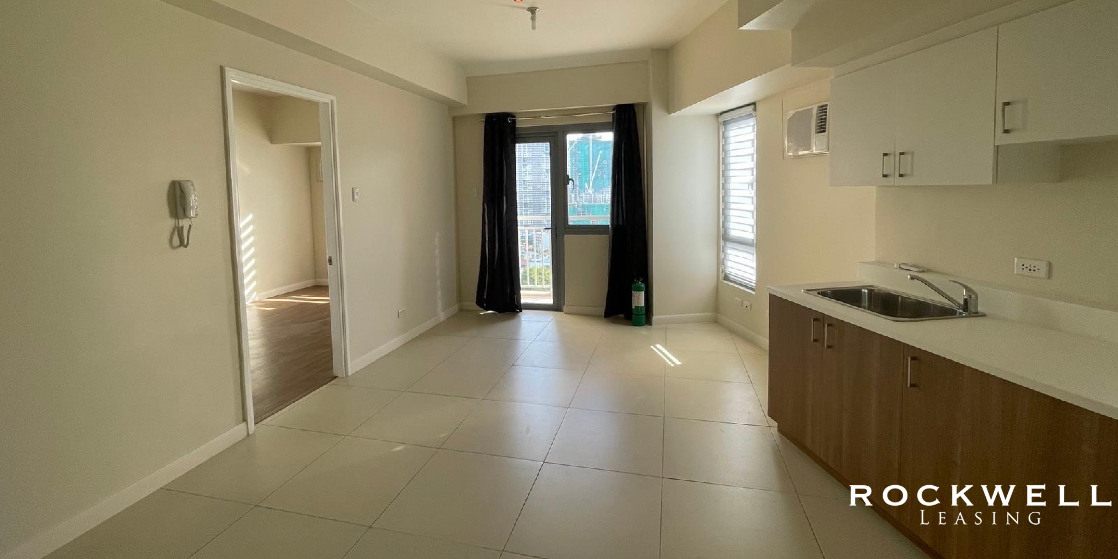 The Vantage West Tower 1BR 43SQM